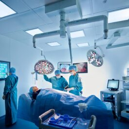 Quasar eLite surgical light